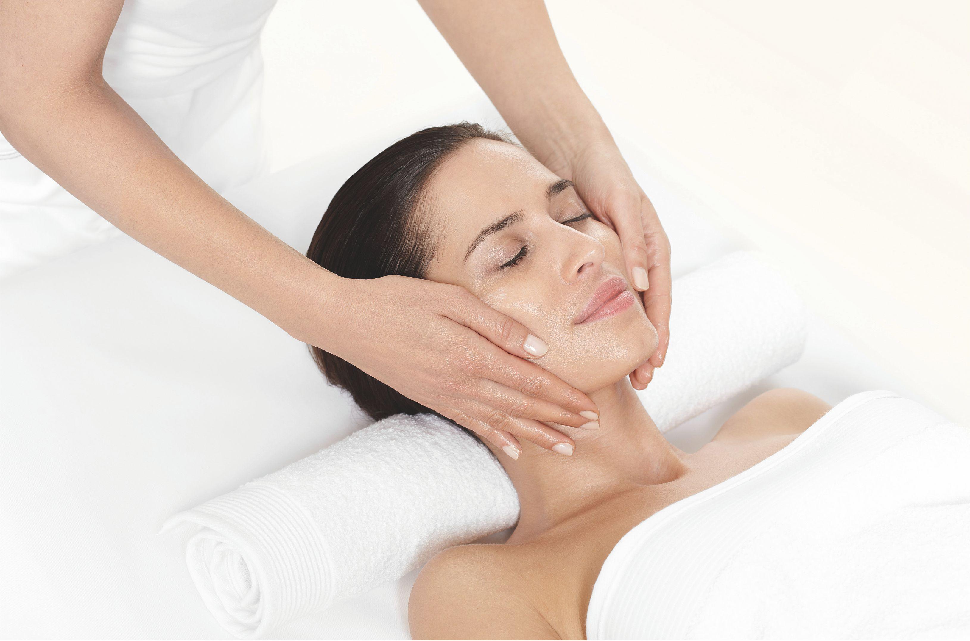 Чем делать массаж тела класический маслом или кремом лазерная эпиляция александрит