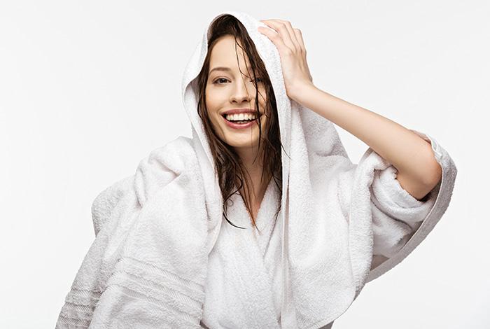 Как полотенцем сушить волосы